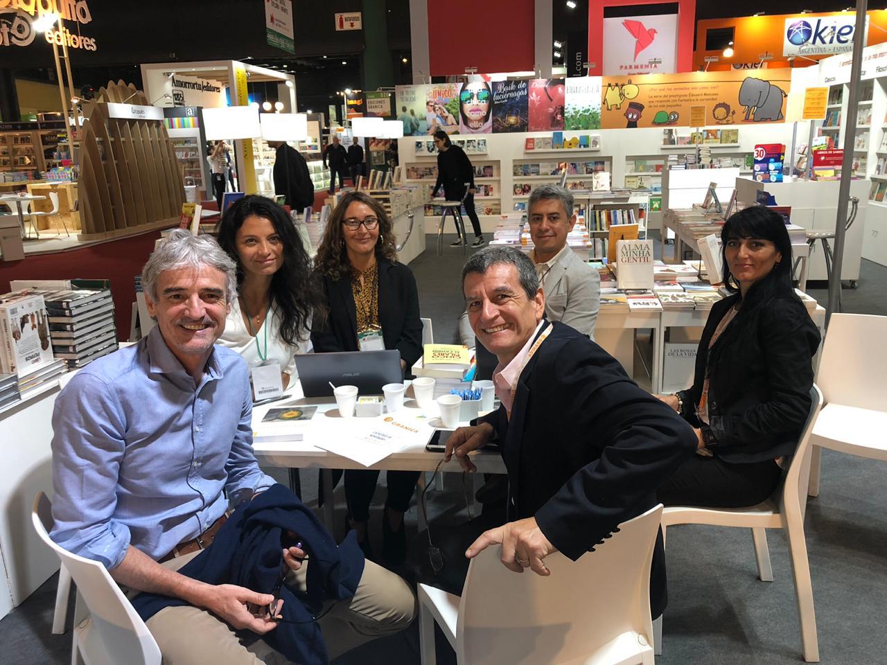 Zig-Zag presente en las ferias del libro más importantes del mundo: Bolonia y Buenos Aires